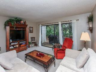 204 Shipmaster. Spacious 3 bedroom Shipyard townhouse!