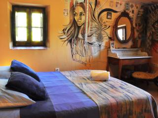 Cal Pau Cruset- Double Room - Shared Bathroom, Torrelles de Foix
