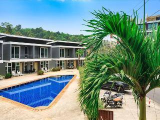 2 Bedroom House in Kamala - with Pool!