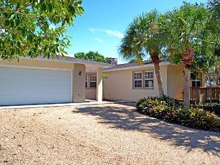 Renovated Spacious Three Suite Siesta Key Vacation Rental Home W/ Heated Pool