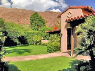 LUXURY HACIENDA in Foothills w Home Arcade, Palm Springs