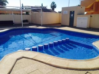 Fabulous Apartment With Wi-Fi, Air Con & Pool