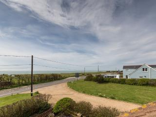 2 Seabreeze Cottages located in Brighstone, Isle Of Wight, Freshwater
