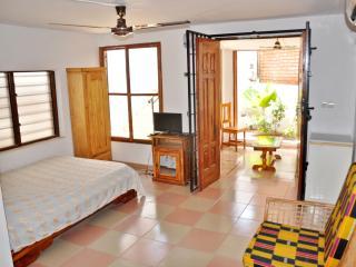 Coquette maison lomé-centre ville