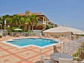 Gulf Front Condo with Views - Blue Mtn Beach - Community Pool - Minutes to Shopp