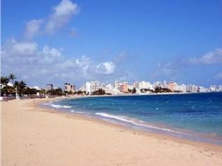 Spectacular Views only 1/2 Block from the Beach!, Isla Verde