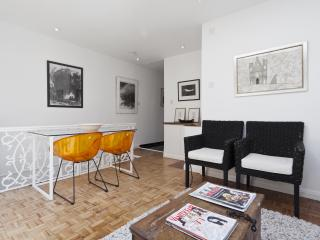 onefinestay - St Petersburgh Mews private home, London