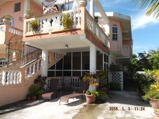 $975.00/mo. Wonderful SEAVIEW  2 br apt.