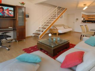 Great Loft with balcony & amazing location!, Buenos Aires