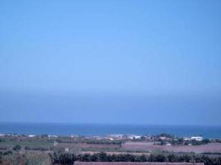 grande villa face ocean sur colline