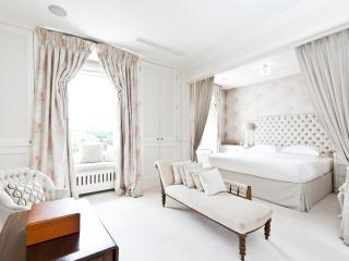 onefinestay - The Boat House apartment, London