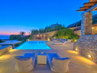 Villa Epimenides, Agios Ioannis