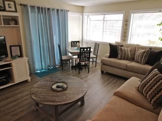 Awesome Vacation Condo ....Very Tropical! 19175, Myrtle Beach