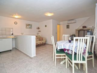 Apartment Paola for 3 pax on Hvar