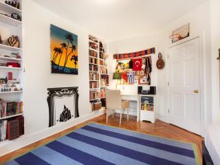 onefinestay - 1st Street II apartment, Brooklyn