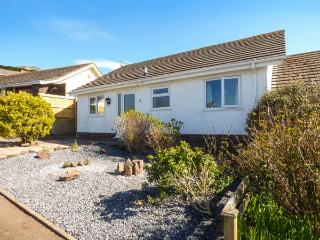 ROWAN, all ground floor, off road parking, front and rear garden, in Tenby, Ref 933133