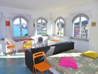 panoramica della camera e della vista mare