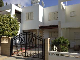 3 bdr townhouse Nerina, Tourist area, Paphos