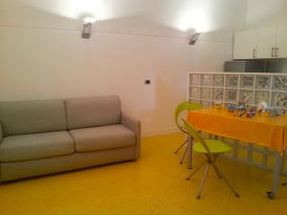 Casa Aura Sperlongaresort, a colours explosion