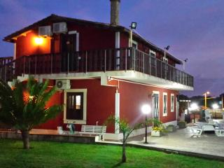 Appartamenti in villa vicino al mare
