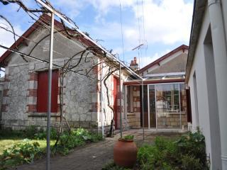 Maison fourasine avec jardin, plage Sud