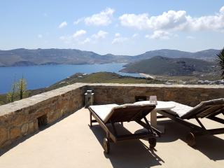 Villa Deep Blue, Panormos