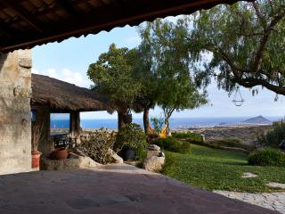 Unique house with stunning views to the ocean, Granadilla de Abona