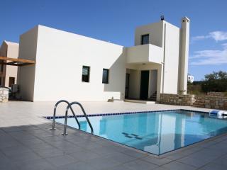 A home away from home. Villa Athina., Georgioupolis