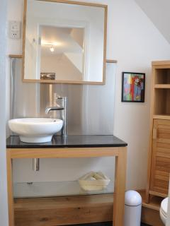 Ensuite attached to Bedroom 1