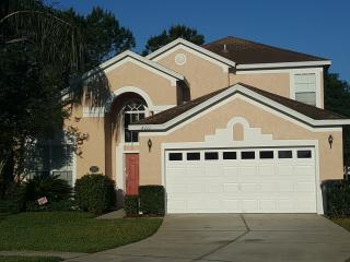 Large & Private Luxury Home - Minutes to Disney, Kissimmee