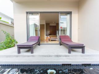 Honeymooner Pool Villa@Seastone