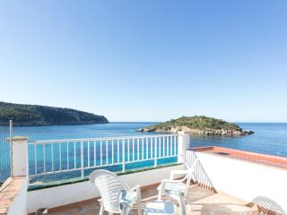 SANT ELM VISTAMAR 3 FLOORS SEA VIEW APARTMENT, Sant Elm