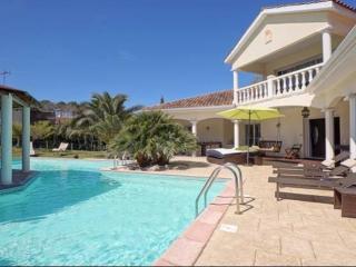 Superbe villa de 350m2  à 5 mn des plages, Boucau