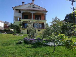 Double bedroom with open air kitchen, Rovinjsko Selo