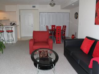 BEAUTIFUL 2 BEDROOM APARTMENT, Sunny Isles Beach
