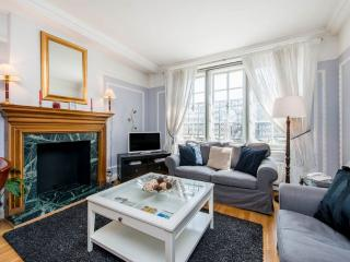 Mayfair / St James 2 bedroom 1 bath (841), Londres