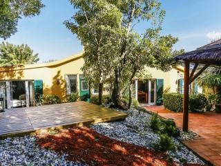 Vivenda Bunga, Charm Guest House