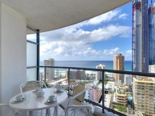 OCEAN VIEWS CENTRAL SURFERS 3 BED a1185, Surfers Paradise