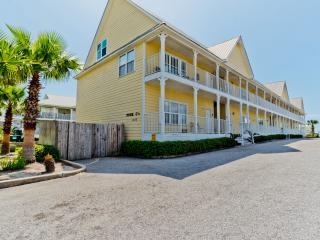 Shore Duty Five Unit 205 / 5BR 3BA Condo with Pool! / Short Walk to the Beach!