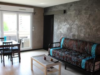 Grand studio 35m2 avec balcon, Kremlin Bicetre