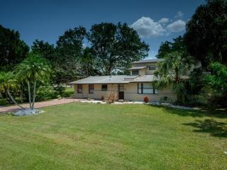 Beautiful Newly Renovated Sarasota Rental Home Minutes to Siesta Key Beach