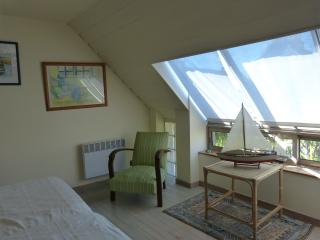 Le Clos Saint Jacques an authentic family house between land and sea in Bretagne