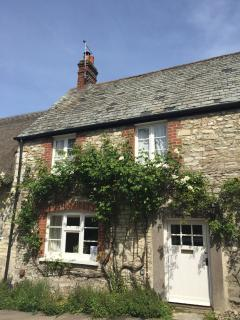 Dorset period cottage sleeps 6