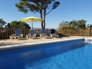 Villa Daisy, private pool and stunning views!, Lloret de Mar