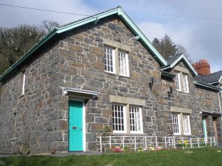 A cottage near the sparkling waters of Lake Vyrnwy