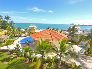19th Floor Oceanfront Condo-Sleeps 2 - 6 W/ Views, Nueva Gorgona