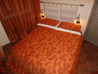 bedroom confortable large bed ... made in italy