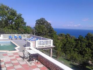 Queen Room En suite with great views!, Oracabessa