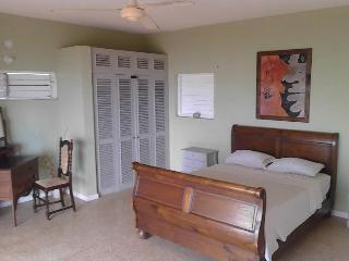 King room ensuite with balcony and fantastic views, Oracabessa