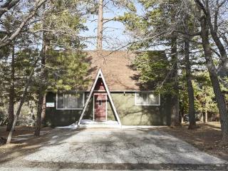 """Shell"" Cottage, Big Bear Lake"